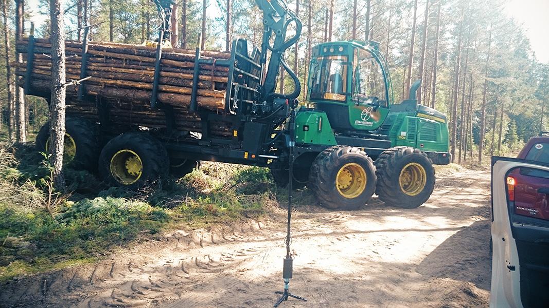 lrf-logging-truck-sweden-vr-360