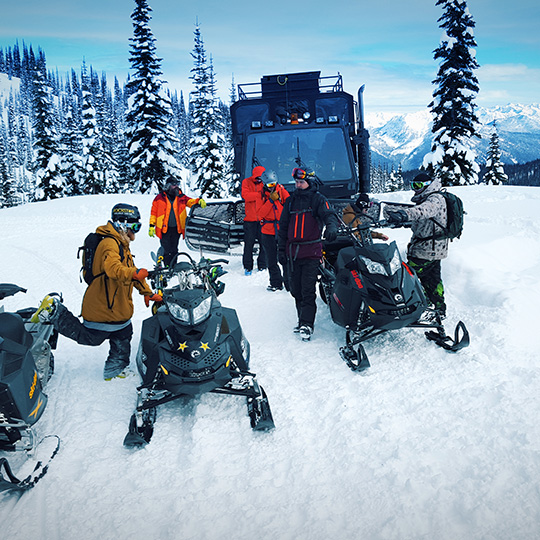 armada-ski-retallack-snowcats